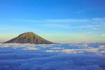 Misteri Dibalik Keindahan Gunung Sindoro Di Jawa Tengah