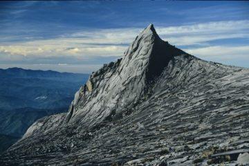 Serba Serbi Tentang Gunung Kinabalu, Tertarik Untuk Mendaki Sobat ?
