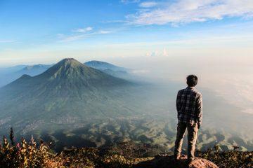 Mitos Seputar Gunung Sumbing Yang Aneh Namun Dipercaya Banyak Orang